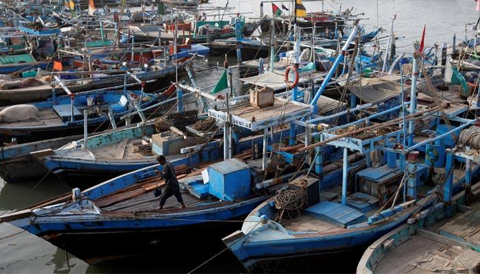 ممکنہ موسم کی خرابی: ماہی گیروں کی شکار پر روانگی روک دی گئی