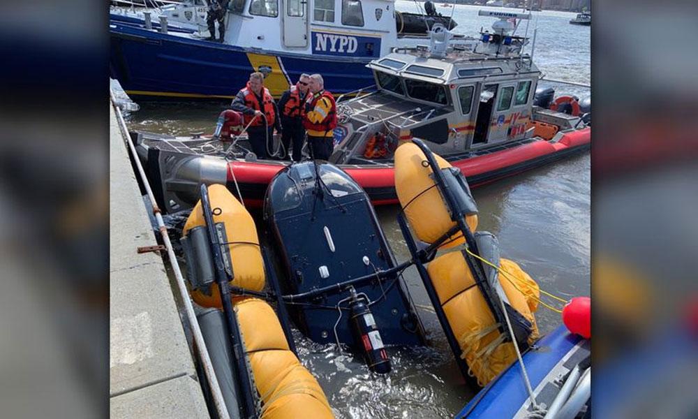 نیویارک، دریائے ہڈسن میں ہیلی کاپٹر گر کر تباہ