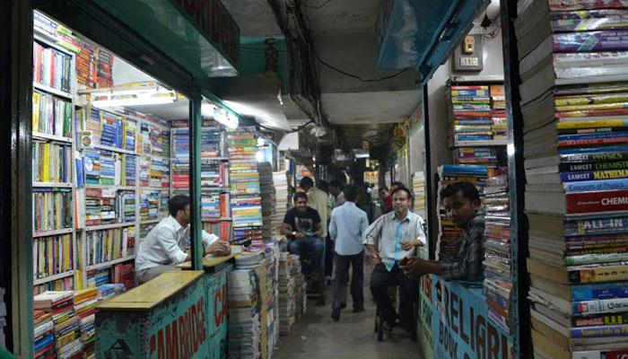''اردو بازار'' اوپر رہائشی فلیٹ، نیچے کاروبارِ زندگی
