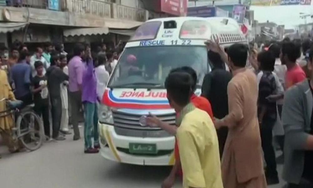 صادق آباد کے نجی بینک میں دھماکا، 6 افراد زخمی