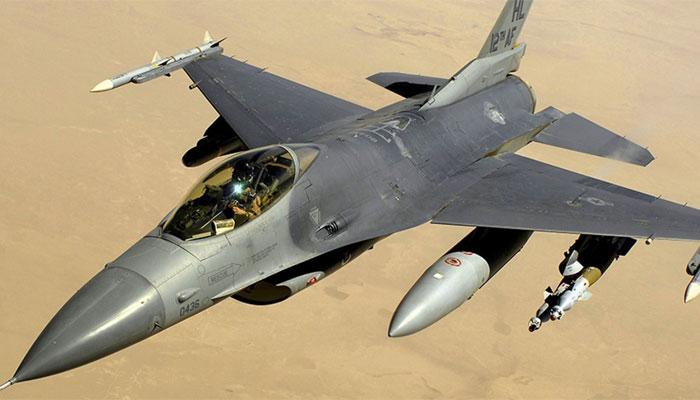 ایف 16 فیلکن فائٹر کیلیفورنیا میں گر کر تباہ