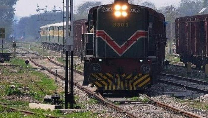 پڈعیدن میں ریلوے ٹریک 32 گھنٹے بعد بحال