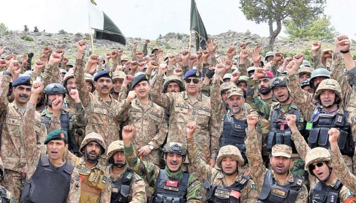 'پاک فوج مشرقی سرحد پر بھی چوکس ہے'