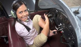 Woman Born Without Arms Learned To Fly With Her Feet
