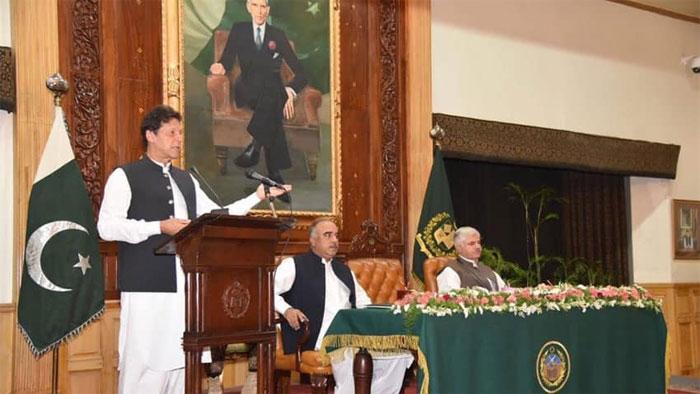 جمہوریت بچانے کے نام پر سب اکھٹے ہوگئے، عمران خان