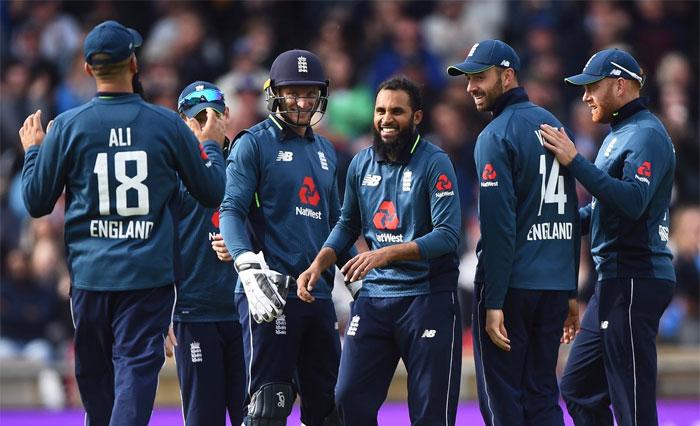 انگلینڈ نے پانچویں ون ڈے کے ساتھ سیریز بھی جیت لی