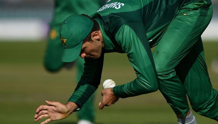 پاکستان کی ناقص فیلڈنگ، انگلینڈ سے شکست کا سبب بنی، مکی آرتھر
