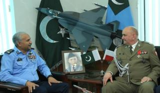 Polish Army Chief Visits Air Headquarters In Islamabad