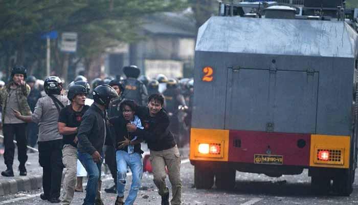 انڈونیشیا:صدر جوکوودودو کی کامیابی کے بعد حالات کشیدہ
