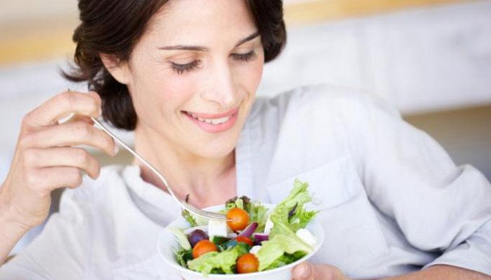 جِلد کی صحت کیلئے مفید اور مضر غذائیں