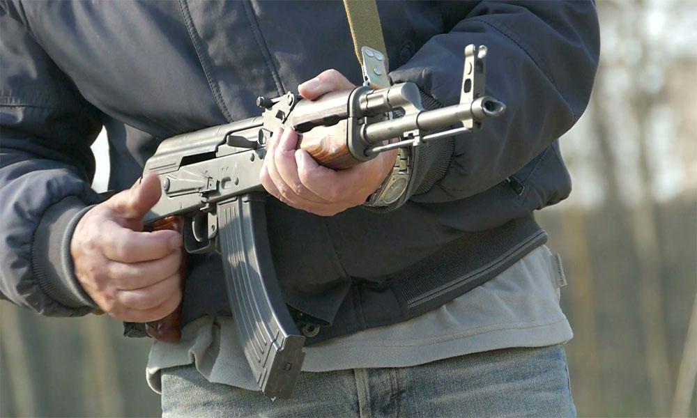 کوٹری میں فائرنگ سے 2 بھائی قتل