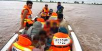 Mianwali Motor Cycle Slipped Into Canal 2 Child Missing