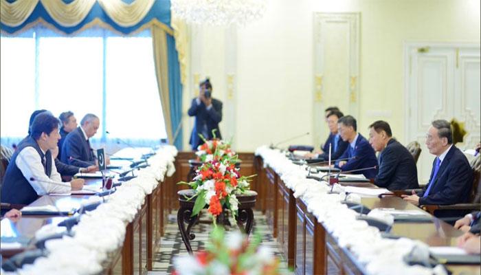 پاکستان، چین میں تعاون کی یادداشتوں پر دستخط