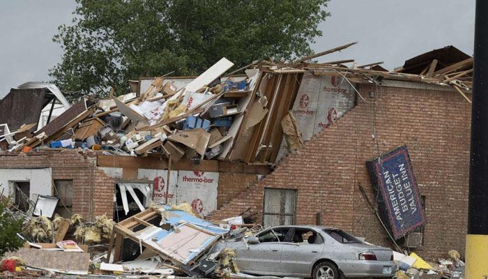اوکلاہوما ، خطرناک طوفانی بگولے سے29افراد زخمی