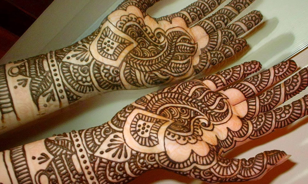عید کیلئے مہندی کے کچھ خاص ڈیزائن