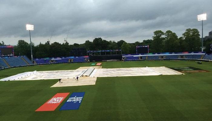 بارش ٹیموں کیلئے خطرناک ثابت ہورہی ہے