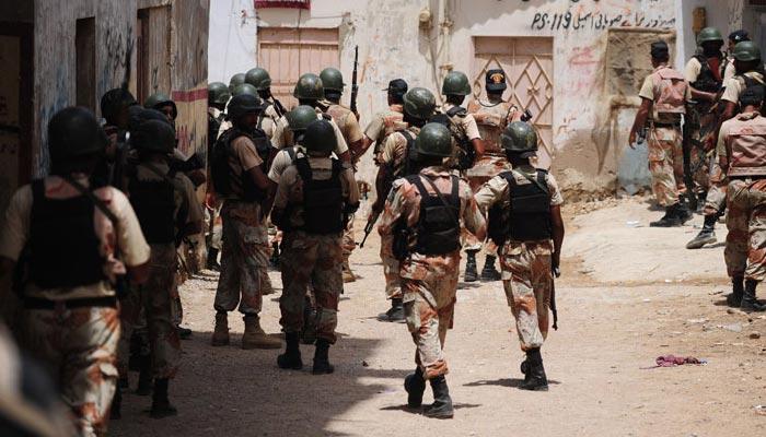 کراچی: ڈکیتی و اسٹریٹ کرائمز میں ملوث3ملزمان گرفتار