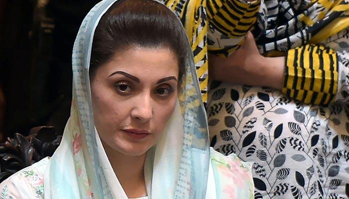 'سیاسی مخالفین کی بہن بیٹیاں جیلوں میں، علیمہ خان مقدس و معصوم'