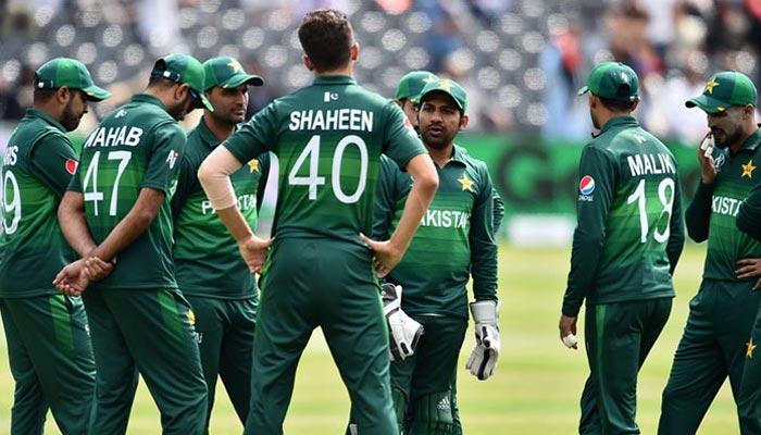 تنقید نے پاکستانی کرکٹرز کو پریشانی میں مبتلا کردیا