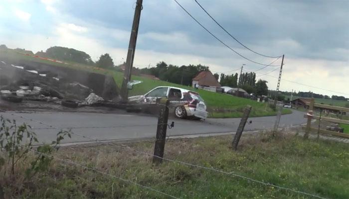 بیلجئیم میں کار ریس کے مقابلے کے دوران حادثہ