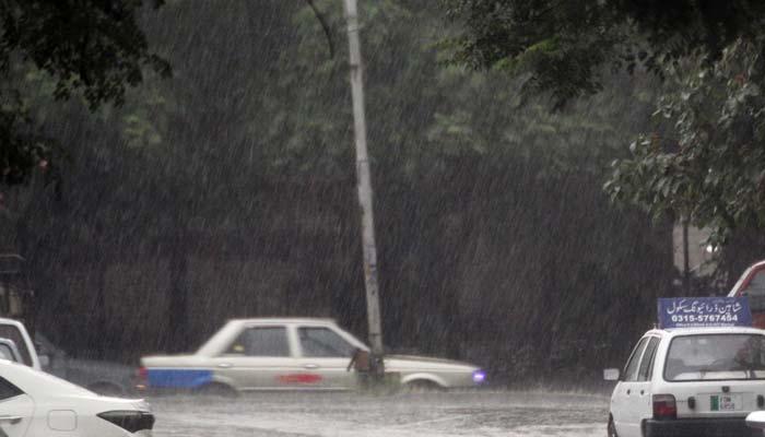 پنجاب کے کئی شہروں میں گرج چمک کے ساتھ بارش