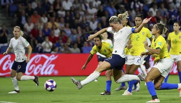 ویمنز ورلڈ کپ: فرانس نے برازیل کو 2-1 سے ہرادیا