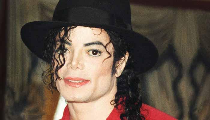 پاپ موسیقی کے بادشاہ 'مائیکل جیکسن'کی 10 ویں برسی