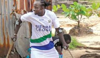 Amputee Boy From West Africa Shows That Love For Football Has No Limits