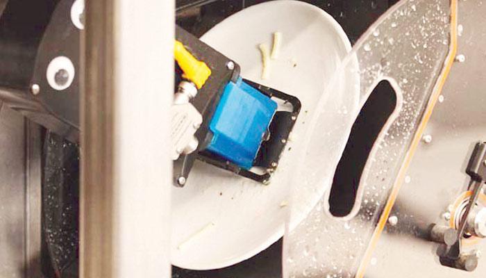 پلیٹیں دھونے والا روبوٹ
