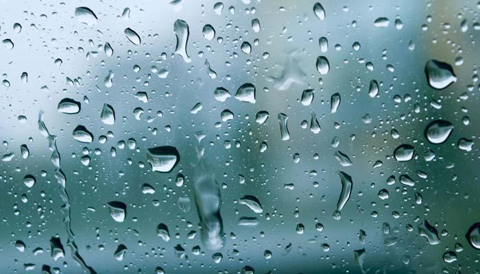 پشاور میں بارش سے موسم خوشگوار
