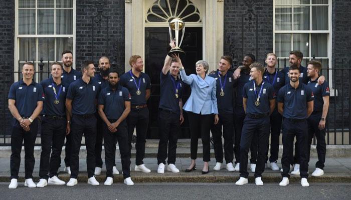 ورلڈ کپ کی فاتح ٹیم کی تھریسا مے سے ملاقات