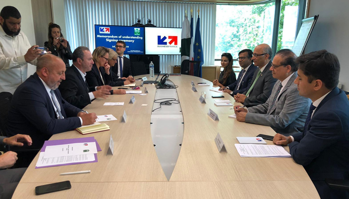 فرانس اور پاکستان میں سرمایہ کاری معاہدے پر دستخط