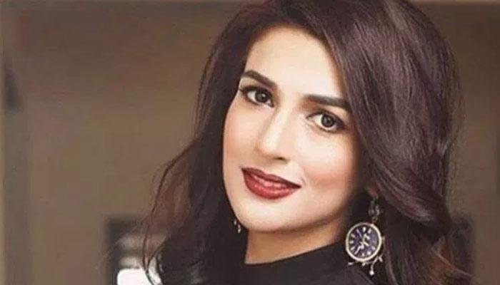 ''رباب ہاشم'' باصلاحیت میزبان، اداکار اور ماڈل