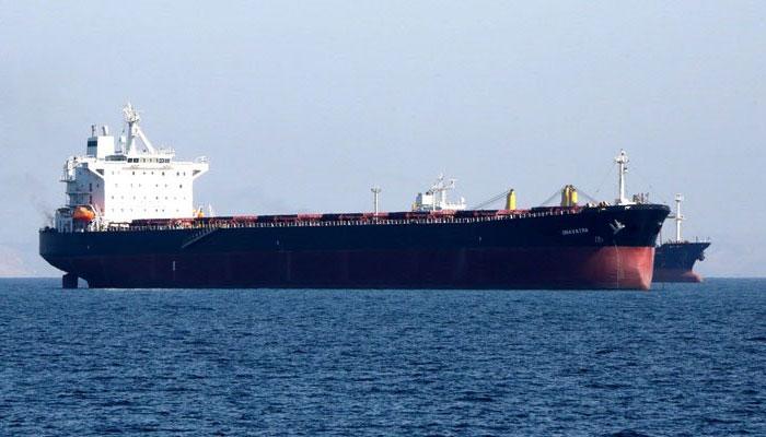 پاکستان کو تاخیری ادائیگیوں پر سعودی تیل ملنا شروع ہوگیا