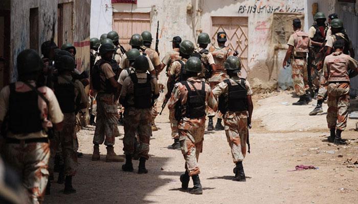 کراچی: رینجرز کی مختلف علاقوں میں کارروائی، چار  ملزمان گرفتار