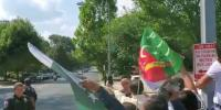 Large Number Of Pakistanis Welcome Pm Imran Khan In Us