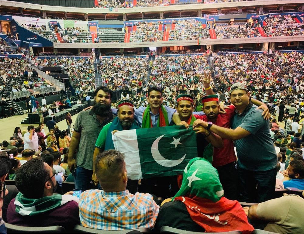 عمران خان ٹرینڈز پر چھا گئے