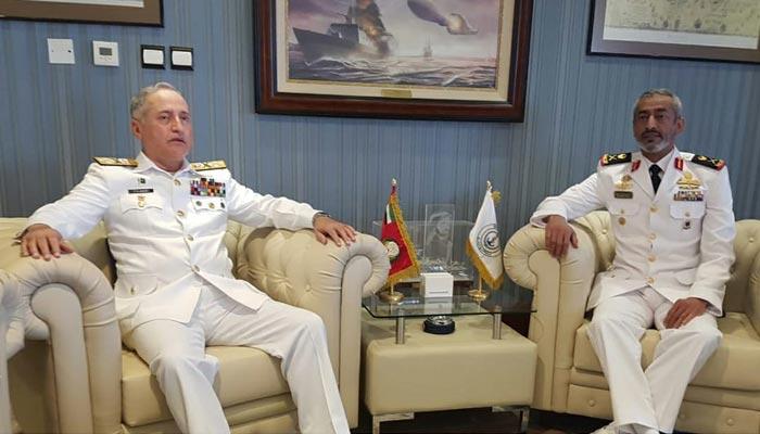 سربراہ پاک بحریہ کی کمانڈر یو اے ای نیول فورسز سے ملاقات