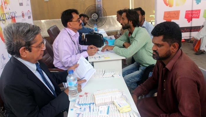پاکستان میں تقریباً 4 کروڑ افراد مائیگرین میں مبتلا