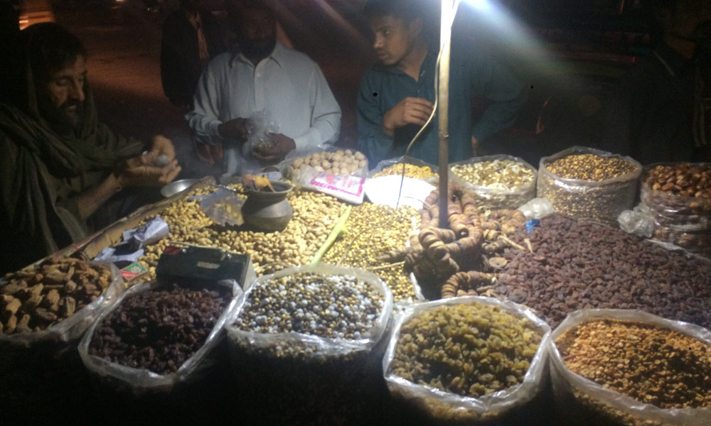 کوئٹہ سے آئے پشتونوں کا کراچی میں کاروبار اور ان کی رہائشی آبادیاں