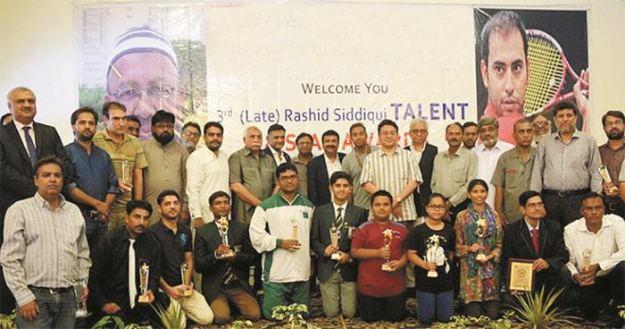 عقیل خان کا کراچی میں ٹینس اکیڈمی بنانے کا فیصلہ
