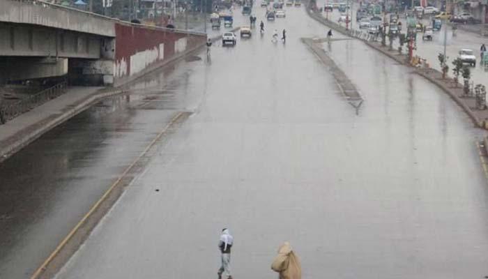 اسلام آباد، پشاور اور گرد و نواح میں تیز بارش