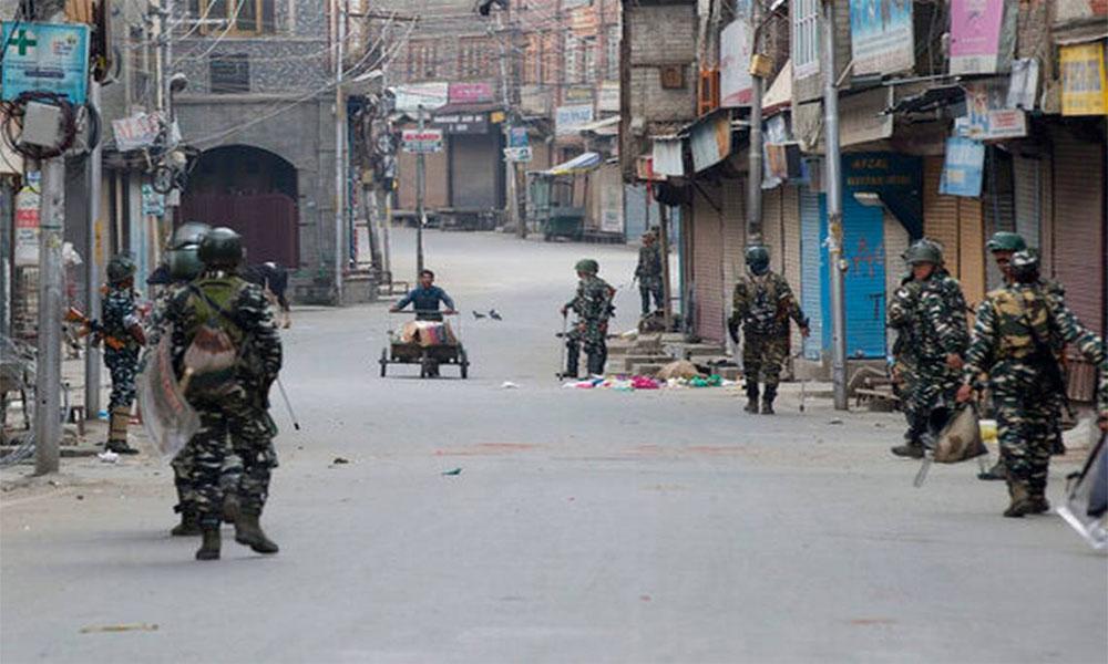 مقبوضہ کشمیر :کرفیو کا سولہواں دن، سری نگر میں 30 گرفتار
