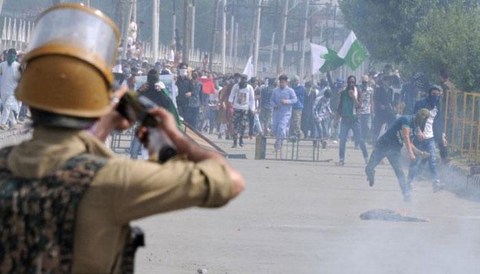 سری نگر: کشمیریوں نے صورہ کو بھارتی فوج کے لیے نوگو ایریا بنادیا