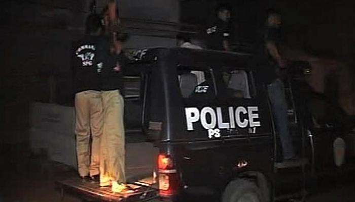 کراچی ،پولیس مقابلے میں 3 ڈکیت گرفتار