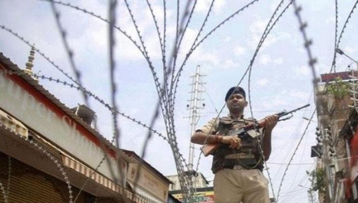 مقبو ضہ کشمیر : والدین کا بچوں کو اسکول بھیجنے سے انکار