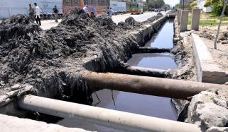 Sewerage Waste Add In Water Lines In Karachi