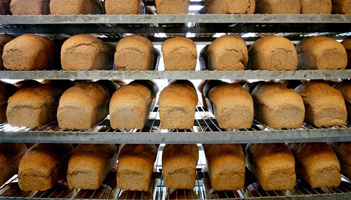 کراچی میں ڈبل روٹی بنانے والی فیکٹری سیل