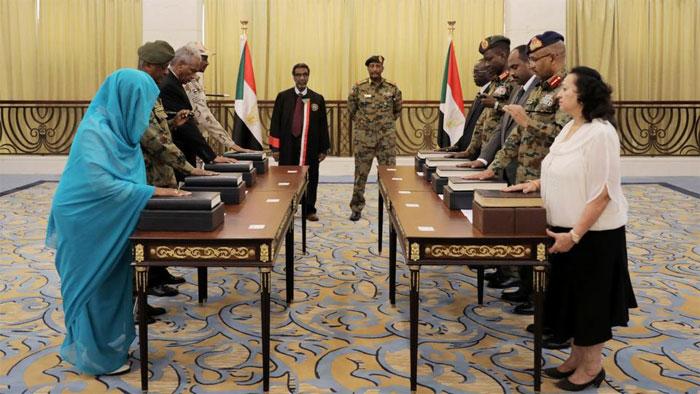 سوڈان میں تین سال کے لیے خود مختار کونسل قائم