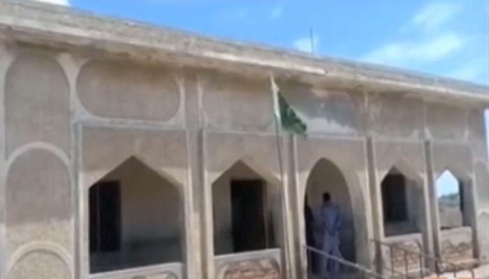 عمرکوٹ کا تاریخی اسکول خستہ حالی کا شکار